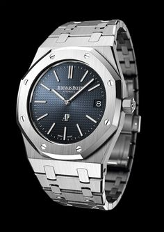 More looks at the simply splendid new Audemars Piguet Royal Oak 15202 in steel. Man, oh, man, what a watch. Audemars Piguet Royal Oak Jumbo (Ref Dream Watches, Fine Watches, Sport Watches, Cool Watches, Rolex Watches, Wrist Watches, Patek Philippe, Audemars Piguet Watches, Audemars Piguet Royal Oak