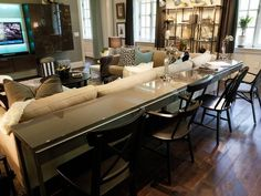 Transitional Living-rooms from Linda Castle on HGTV