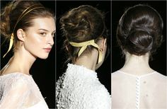 Las perlas no sólo serán el bordado estrella de las nuevas colecciones: también entran en juego en el 'beauty look' de la novia