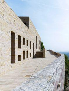 Hambacher Schloss Südseite Restaurant mit Panoramaterrasse, Max Dudler Architekt