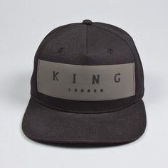 19244b2071014 King Apparel - Manor Snapback - Black
