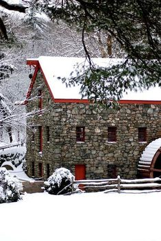 The Grist Mill is on the grounds of Longfellow's Wayside Inn in Sudbury, Massachusetts. It's the oldest operating inn in America. It's the basis for the Pepperidge Farm logo. Hirsch Illustration, Old Grist Mill, Water Mill, Winter Scenery, Snow Scenes, Autumn Scenes, Old Stone, Old Barns, Country Barns