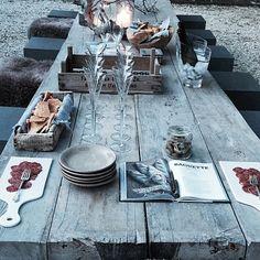 Afternoon bites & drinks.. Ready for a beautiful Italian night! #labellavita #lasaracina
