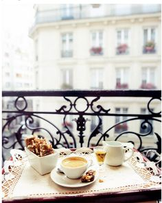 paris - and the perfect start to a day