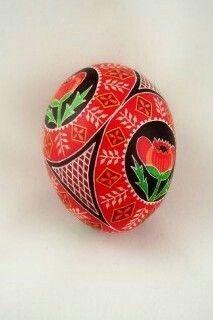Ukrainian Easter Eggs, Ukrainian Art, Types Of Eggs, Easter Egg Designs, Egg Dye, Faberge Eggs, Asymmetrical Design, Egg Decorating, Decorative Bowls