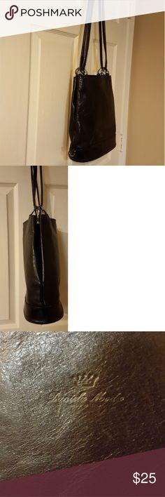 Vintage Italian Leather Bag Vintage Italian Leather Bag. Good Condition! Measures  W11 H12 HD15 Bags Shoulder Bags