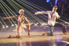 'Dancing With the Stars': Kellie Pickler's 10 Most Wow Looks | Photo Gallery - Yahoo! TV
