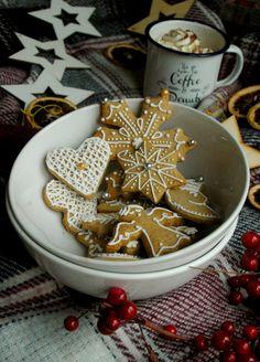 CHRISTMAS GINGERBREAD / Mézeskalács