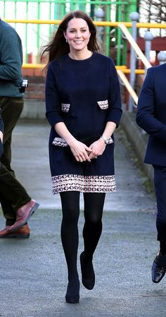 Kate shows us how to wear navy and black in the Winter!