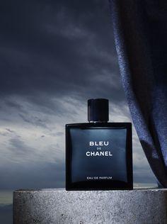 advertising / chanel / perfume / blue