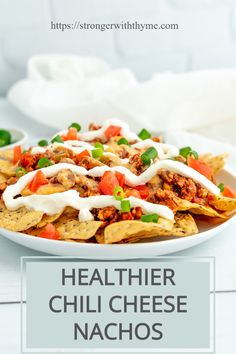 Satisfy your taste buds by trying out this healthier version of chili cheese nachos. Perfect for a party, games, or just for dinner, these will be gone in a flash and you don't have to feel guilty because you aren't eating empty calories. Cheesy Recipes, Chili Recipes, Turkey Recipes, Healthy Comfort Food, Healthy Life, Healthy Appetizers, Healthy Snacks, Healthy Chili, Game Day Food