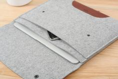 Laptop sleeve or file holder