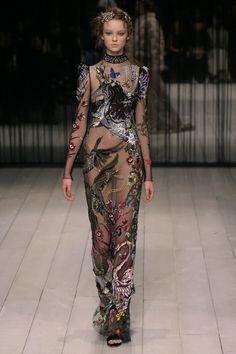 Alexander McQueen | Ready-to-Wear - Autumn 2016 | Look 38
