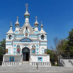 Uzbekistan, the proud home to a spellbinding arsenal of architecture and ancient cities, all deeply infused with the most impressive sights of Central Asia.  The St. Alexander Nevsky Cathedral is the oldest Orthodox Church in Tashkent (cap city, yes) survived to our time, located at the Botkin Cemetery territory. #KRAVESCAPE