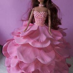 Boneca em EVA Barbie Fashionista, Car Seat Organizer, Merry Christmas Quotes, Coat Of Many Colors, Barbie Clothes, Aurora Sleeping Beauty, Flower Girl Dresses, Diy Crafts, Dolls