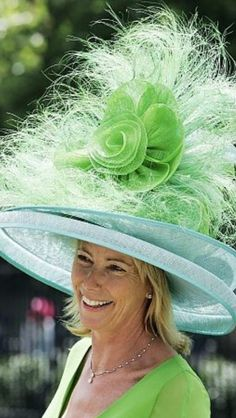 Hats for Women: 2012 Kentucky Derby Hat Connie Perteet via Brennie. Run For The Roses, Ascot Hats, Crazy Hats, Kentucky Derby Hats, Louisville Kentucky, Derby Day, Church Hats, Fancy Hats, Wearing A Hat