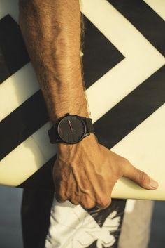 Classic Black/Black Leather