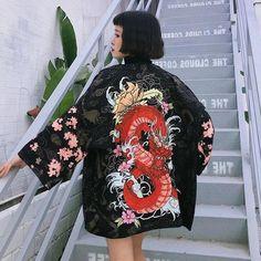 Kimono Mujer Ryu Gilet Kimono, Long Kimono Cardigan, Short Kimono, Kimono Top, Japanese Yukata, Traditional Japanese Kimono, Cardigans For Women, Blouses For Women, Style Du Japon
