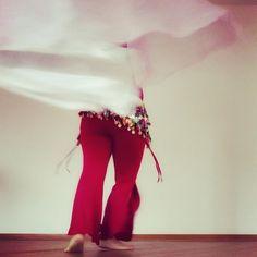 💃Baaald ist es soweit. Ich freue mich sehr. 🤩  Am 8.11.19 findet der Abend von Frauen für Frauen statt. Knee Boots, Fashion, Dance, Woman, Moda, Fashion Styles, Fasion, Knee High Boots, Knee Boot