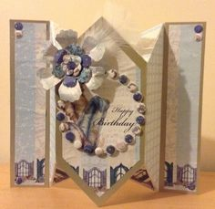 Craftwork Cards Venetian accordion card