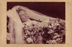Paul Frecker - Nineteenth Century Photography - Memento Mori / Postmortem Photography