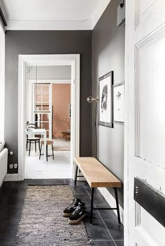 Fab pink / grey accents in a small Stockholm pad