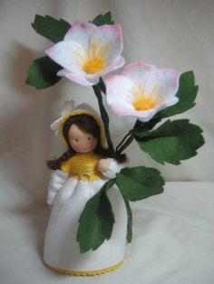 Jahreszeitentisch - Christrosen - ein Designerstück von Blumenkinder-Unikate bei DaWanda