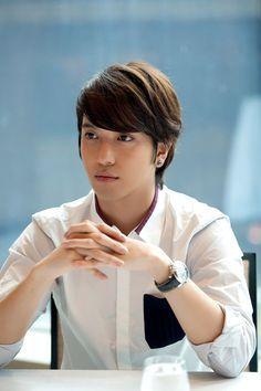 jung yong hwa and park shin hye - Google Search