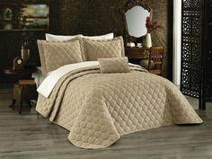 Cuvertura capuccino luxury -brodata Comforters, Blanket, Luxury, Furniture, Home Decor, Legs, Creature Comforts, Homemade Home Decor, Decoration Home