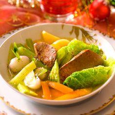 Découvrez la recette Foie gras en pot-au-feu sur cuisineactuelle.fr.