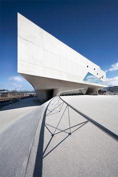 Fotos vom Phaeno Museum in Wolfsburg - pfnphoto.com – Johannes Heuckeroth – Architectural Photography / Architekturfotografie