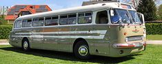 Bus House, Bus Conversion, Classic Motors, Trucks, Eastern Europe, Van Life, Old Cars, Cars And Motorcycles, Vehicles