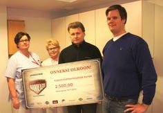 Vuoden 2011 Sankari Petri Varkoi luovutti  2.500€ Kuopion yliopistollisen keskussairaalan syöpälapsien hyväksi