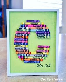 Creative Mommas: Crayon Monograms Crayon Monogram, Crayon Letter, Crayon Art, Letter Art, Crayon Ideas, Craft Gifts, Diy Gifts, Cute Crafts, Crafts For Kids