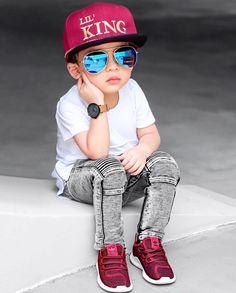 Cute Kids Fashion, Little Boy Fashion, Cute Outfits For Kids, Baby Boy Fashion, Baby Boy Dress, Baby Boy Outfits, Cute Baby Boy Photos, Stylish Little Boys, Cute Babies