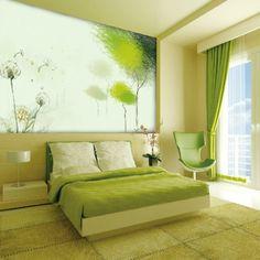 Großes Grünes Bild An Der Wand Im Gemütlichen Schlafzimmer