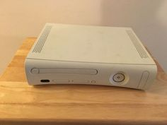 XBOX 360 Console (Does not work/Parts only) - http://video-games.goshoppins.com/video-game-consoles/xbox-360-console-does-not-workparts-only/