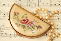 Vintage Compact for loose powder.  Petit Point