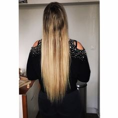 Pitch, Long Hair Styles, Beauty, Long Hairstyle, Long Haircuts, Long Hair Cuts, Beauty Illustration, Long Hairstyles, Long Hair Dos