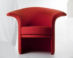 """Teresa Kruszewska, """"Tulip"""" armchair, produced by the People's Guard Furniture Factory in Radomsko, 1973, Collections of the National Museum in Warsaw"""