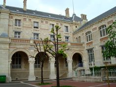 Cour du lycée Voltaire © Aurélie Fauré