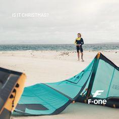 the perfect escape 🙌 Kitesurfing, Sun Lounger, Beach Mat, Outdoor Blanket, Outdoor Decor, Inspiration, Biblical Inspiration, Chaise Longue, Hammock Swing