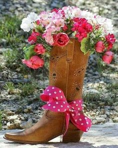 Flowers ala boot