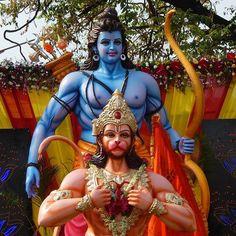 Statues of Lord Shri Ram and Lord Hanuman in Hyderabad, India Jai Sri Ram, Ram Image, Mahakal Shiva, Krishna, Buddha Quotes Inspirational, Ganesh Wallpaper, Lord Balaji, Sri Rama, Jai Hanuman