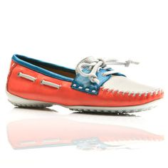 Put on your sporting colors - these boat shoes are a winner!