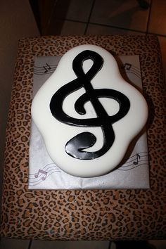 """Music"" Cakes for Various instruments and occasions"