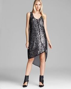Love this look for NYE party. Just add a fancy jacket!