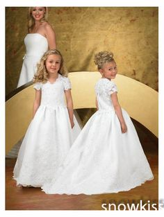 >> Click to Buy << New coming white/ivory fist communion flower girl dresses V-neck short cap sleeve lace appliques ball gowns for wedding party #Affiliate