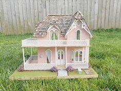Honey, I shrunk the house!: Undersized Urbanite Dollhouse Contest / 1/2 scale Chantilly