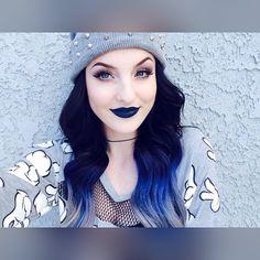 Blue lipstick is always fun!! it's called Sirius by @lasplashcosmetics !